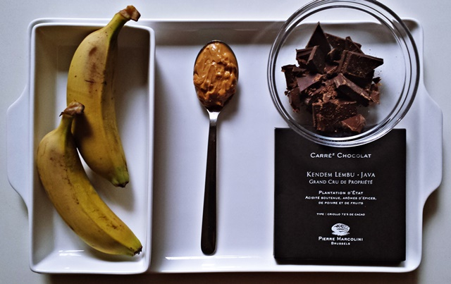 çikolata kaplı muz -malzemeler
